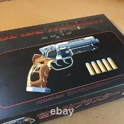 11 Blade Runner 2049 Tomenosuke Deckard Blaster Licensesd Prop Replica MINT