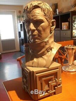 Blade Runner Rick Deckard Harrison Ford Life Size 11 Bust on movie base